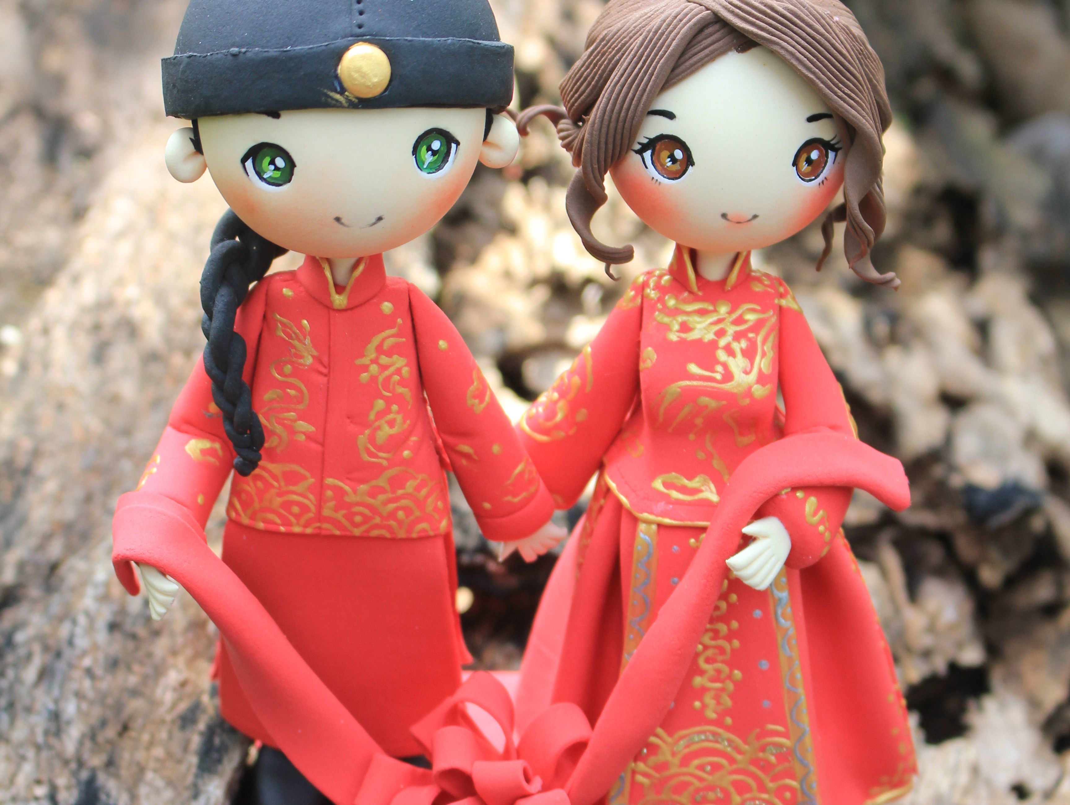 Picture of Chinese Wedding Cake Topper