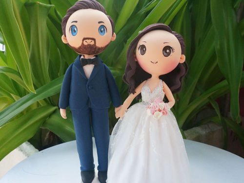 Picture of Lovely Wedding Cake Topper