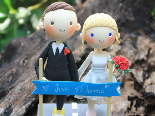 Picture of Marathon Wedding Cake Topper