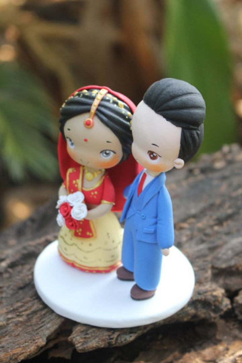 Picture of Indian Saree wedding cake topper, Traditional wedding costume wedding topper